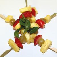 spiedini-di-frutta_3740_gastronomia-d-asporto_zani-catering