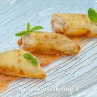Primo_Percorso-vegetariano_La-Crespellina-dorata-ai-funghi_zani-catering